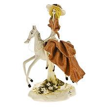 Статуэтка Леди на лошади. Ручная работа из керамики, Италия