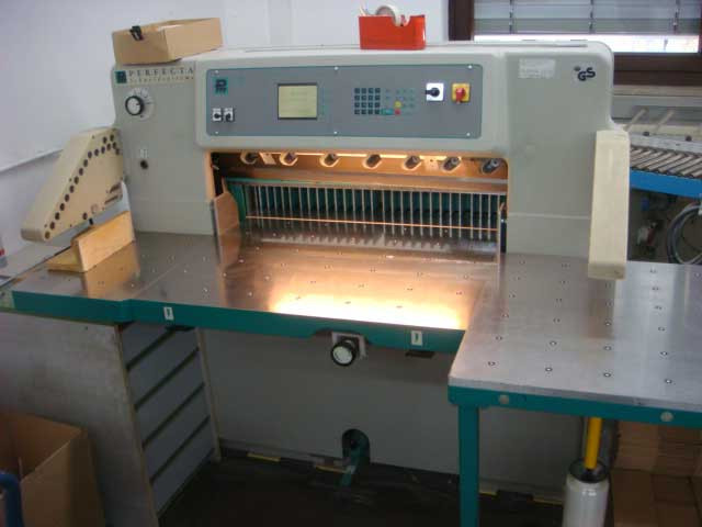 Perfecta 92 UC б/у 2001г - бумагорезательная машина