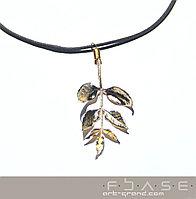 Подарок девушке кулон ясень
