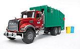 Мусоровоз MACK (зелёный фургон, красная кабина) Bruder (Брудер) (Арт. 02-812 02812), фото 2