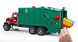 Мусоровоз MACK (зелёный фургон, красная кабина) Bruder (Брудер) (Арт. 02-812 02812), фото 3