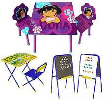 Детские столики со стульчиками, доски знаний, мольберты