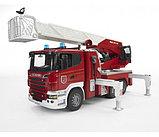 Пожарная машина Scania с выдвижной лестницей и помпой Bruder (Брудер) (Арт. 03-590; 03590), фото 3