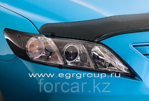Защита передних фар EGR для Toyota Camry 40  2006-2009 (карбон), фото 2
