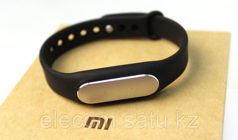 Финтес трекер Mi Band (Xiaomi Mi Band)