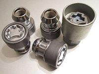 Секретки колесные на Nissan Pathinder R51
