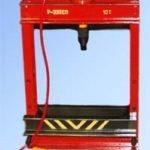 Стенд. гидроиспытание блока ЯМЗ-240 на герметичность СПБ-240