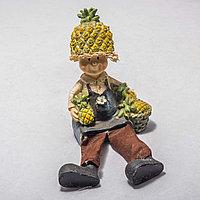 """Украшение для дома """"Мальчик с ананасами"""" (10см)"""