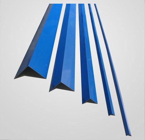 Пластиковый уголок (синий)