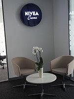 Оформление офиса Nivea. Печать на стекле. 5