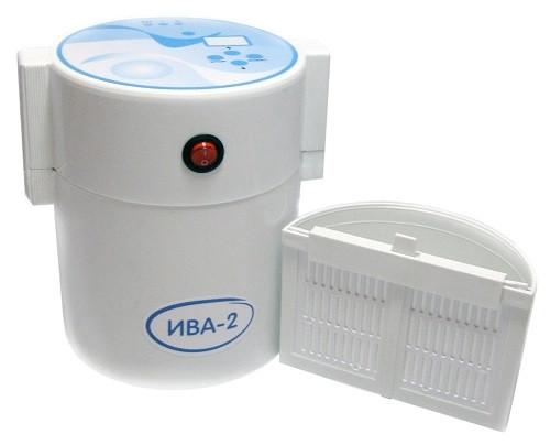 Конструкция прибора крайне проста, однако это не мешает ему приготавливать невероятно полезную воду в домашних условиях