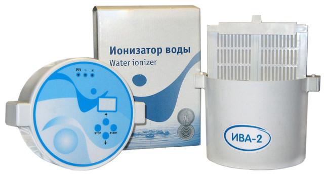 Активатор-ионизатор воды Ива-2 поставляется в разобранном виде в компактной коробке и без труда собирается вручную за пару минут (нажмите на картинку для увеличения)