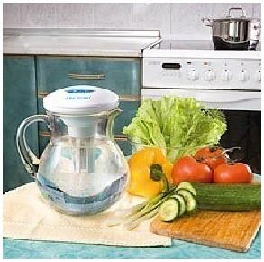 Серебряную воду можно использовать на кухне для мойки овощей и фруктов