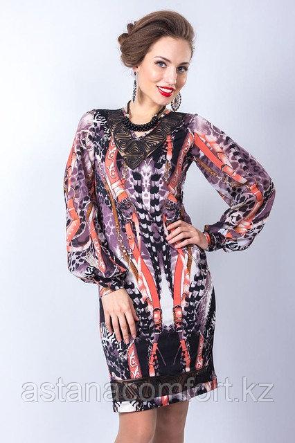 Wisell Оригинальное платье полуприлегающего силуэта. Размеры: 44, 46