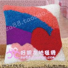 Вышивка в ковровой технике на наволочке (40х40см)