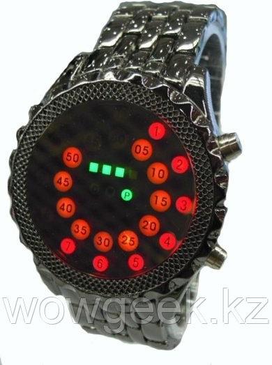Оригинальные часы Black Mirror (металлический браслет)