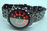 Оригинальные часы Black Mirror (металлический браслет), фото 3