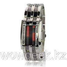 Светодиодные часы Cyber Clock с красной подсветкой