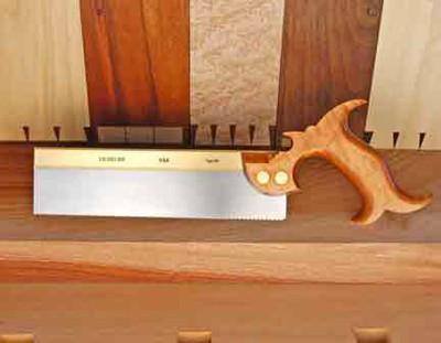 Пила обушковая, Lie-Nielsen Dovetail Saw, 10 (254мм), RipCut, 15ppi