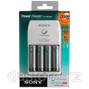 Sony BCG34HLD4E зарядное устройство на 4 аккумулятора АА/ААА