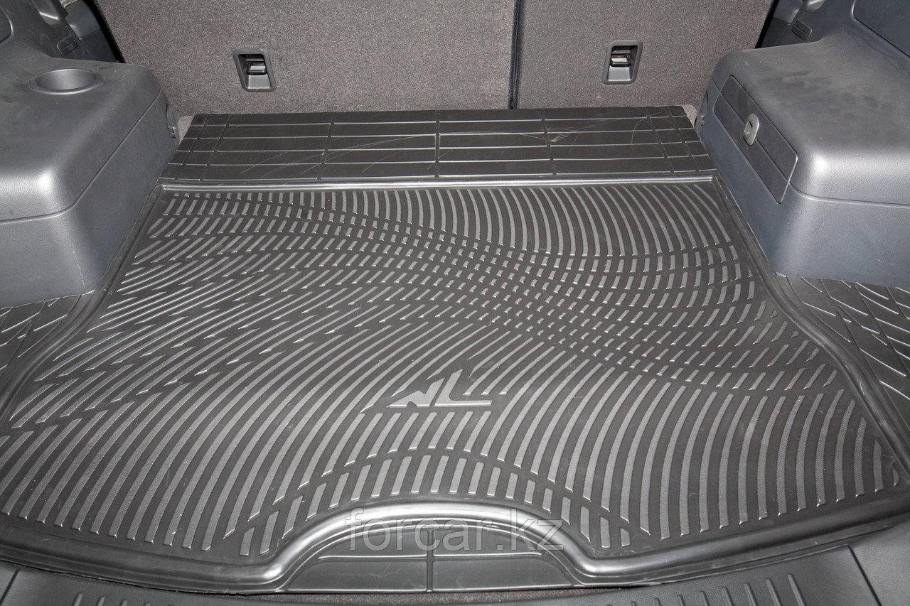 Коврик в багажник Универсальный