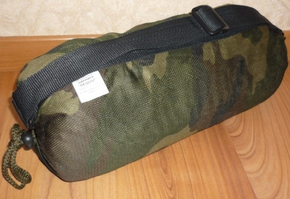 """Маскировочная накидка  """"Леший"""" упаковывается в удобную сумку-торочок, в которую можно сложить дичь при необходимости"""