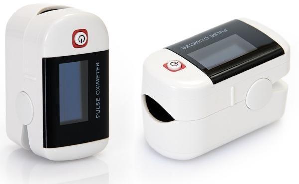 Пульсоксиметр CHOICEMMED MD300C22 компактный и легкий, поэтому всегда будет под рукой