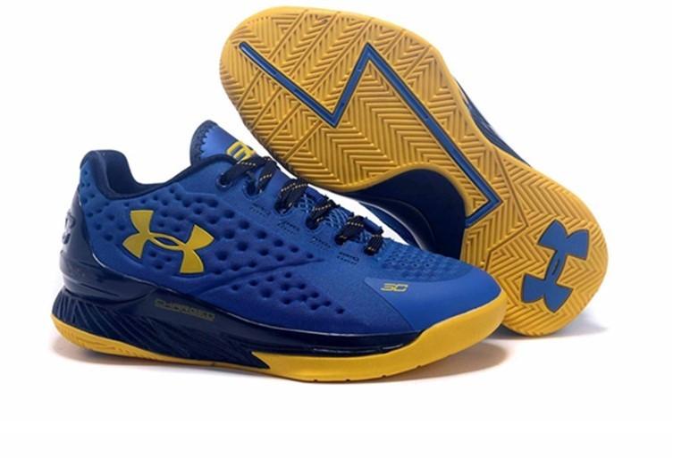 Баскетбольные кроссовки UA Curry One Low низкие ( Stephen Curry)
