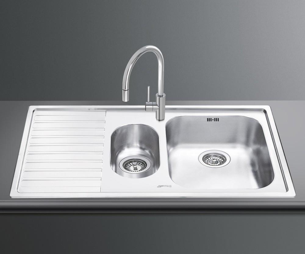 Кухонная мойка Smeg LM102S