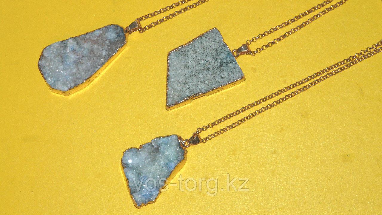 """Кулон на цепочке """"Blue Aura Druzy Quartz Necklace"""""""