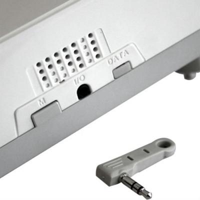 Внешний датчик позволяет фиксировать точные покзатели температуры.