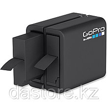GoPro Зарядное устройство для двух аккумуляторов