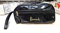 Косметичка лакированная Harrods
