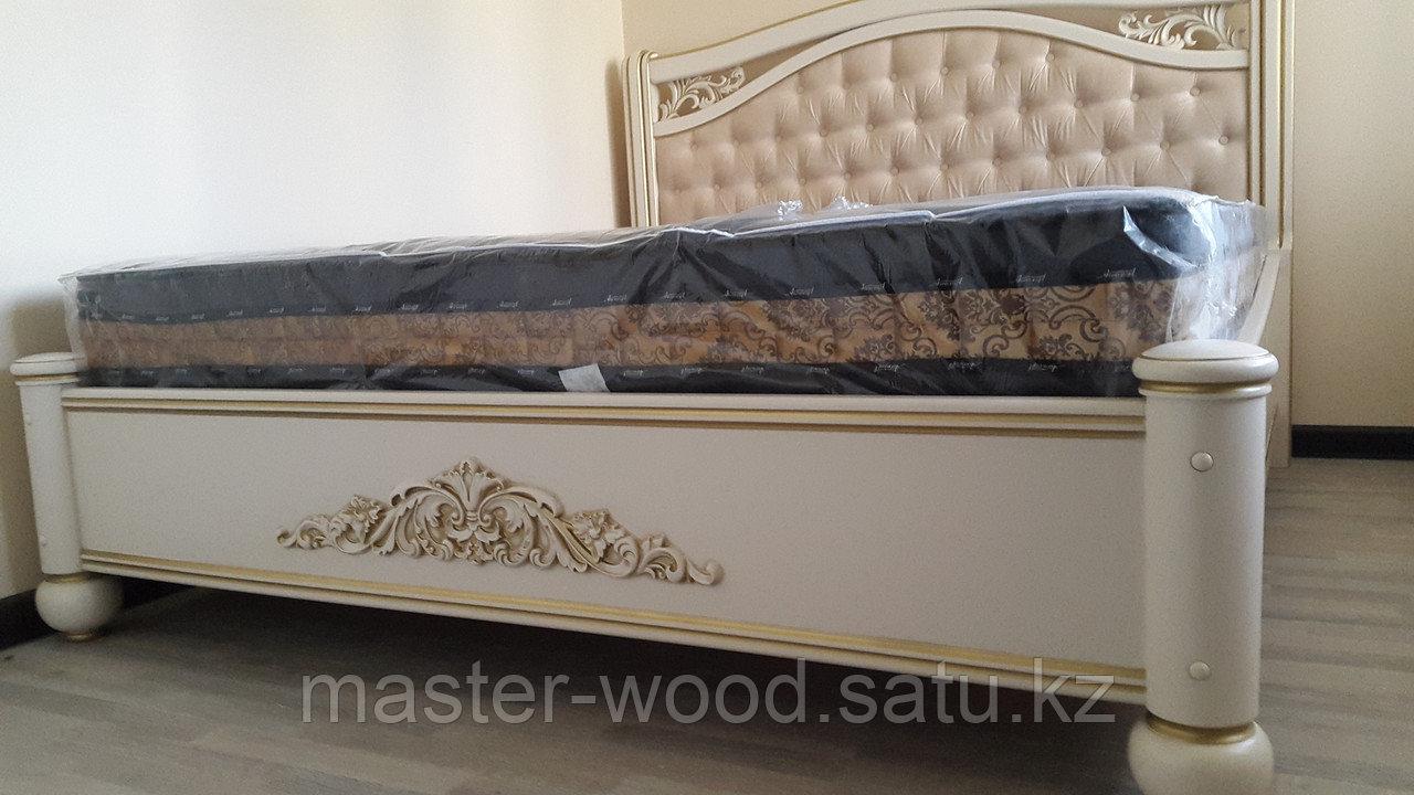 Кровати на заказ из натурального дерева - фото 4