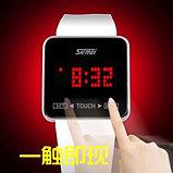 Часы с сенсорным экраном, фото 3