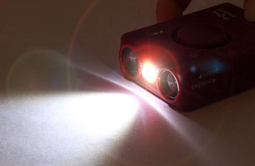 """При необходимости Вы можете воспользоваться отпугивателем """"SITITEK ГРОМ-250М"""" как обычным фонариком"""
