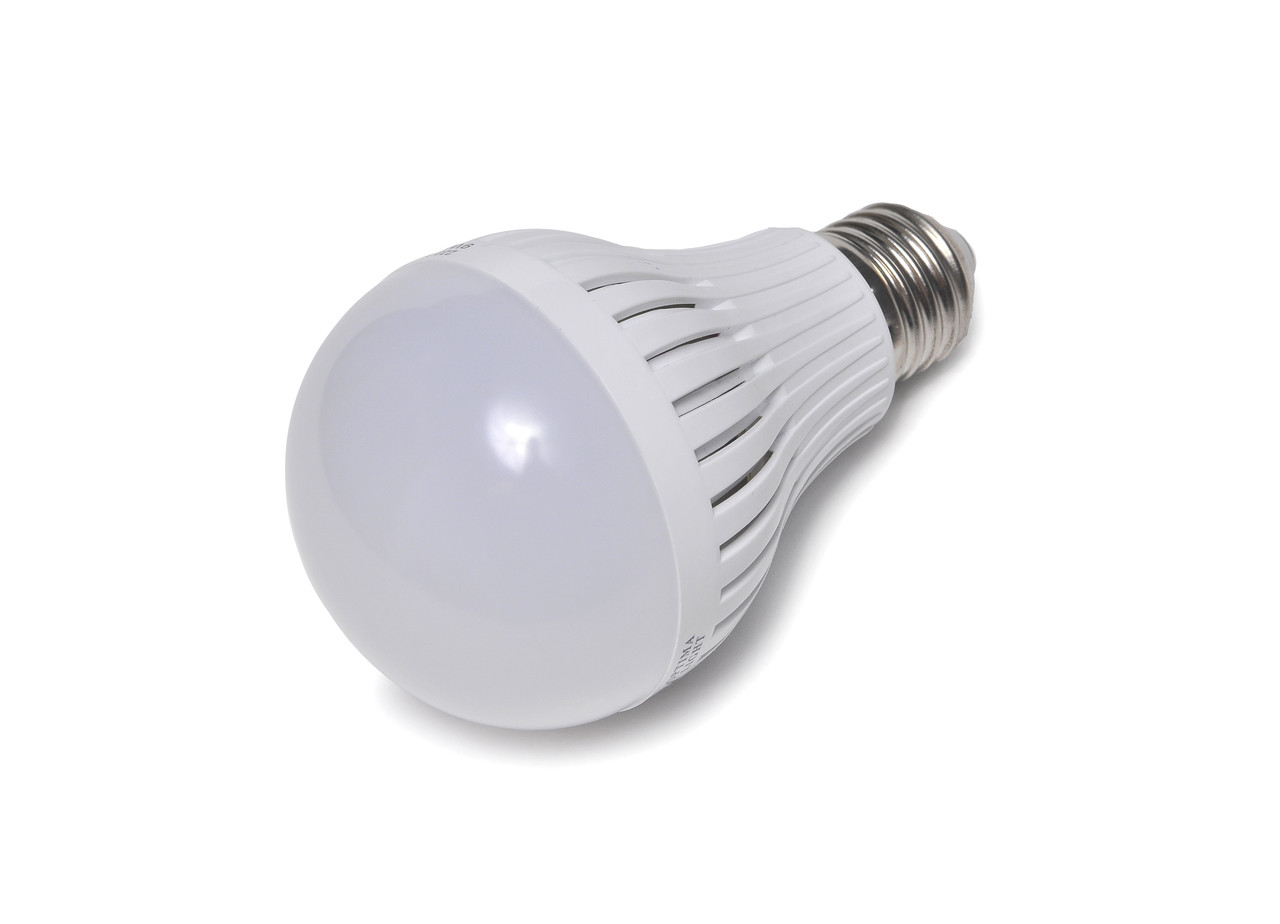 Светодиодная лампа E27, 220V, 9W