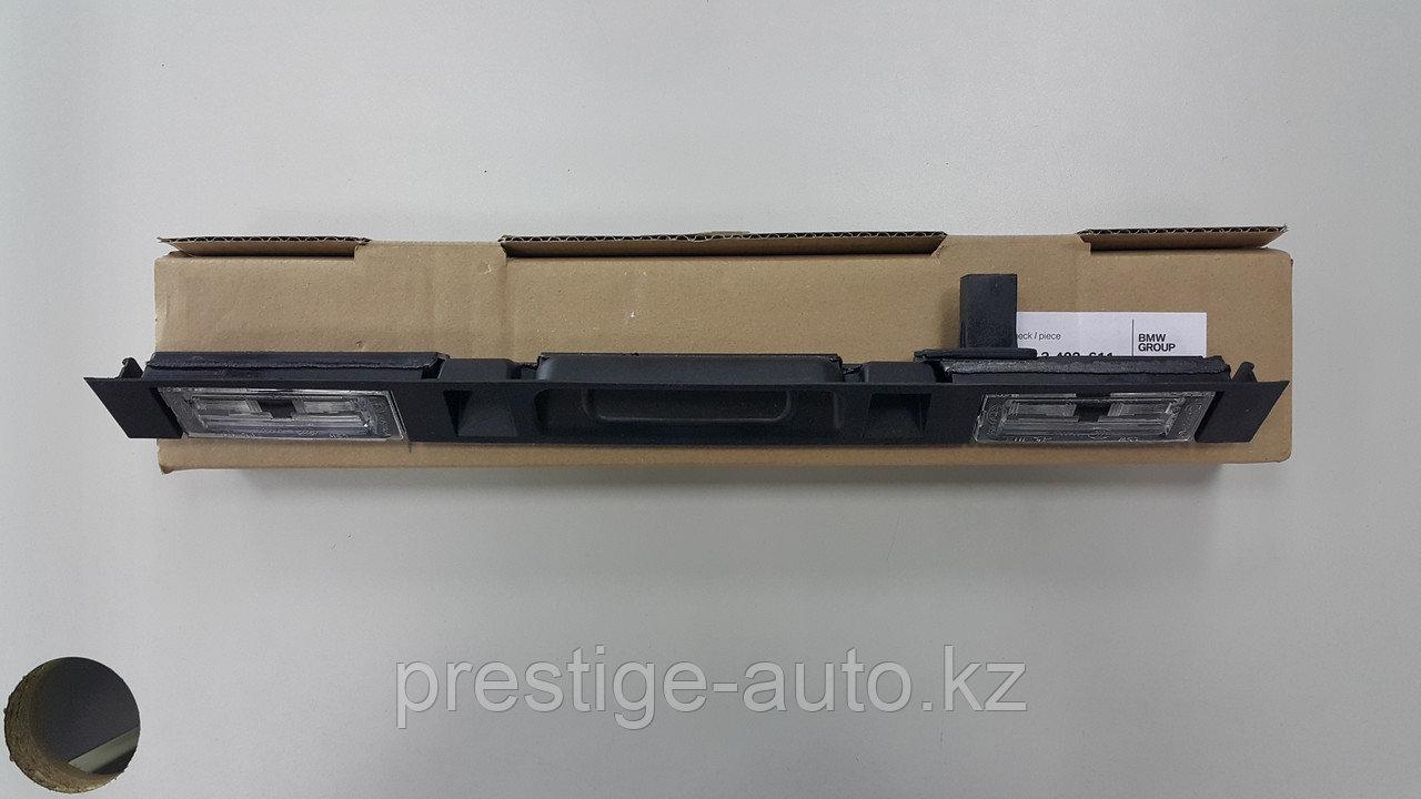 Подсветка заднего номера с кнопкой  BMW X5 E53