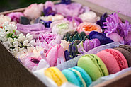 Подарки для милых Леди! Коробочки с цветами и Макарунами!