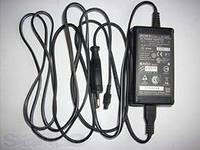 Зарядное устройство Sony серия V от сети к камере