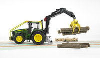 Игрушка Трактор John Deere 7930 лесной с манипулятором, фото 1