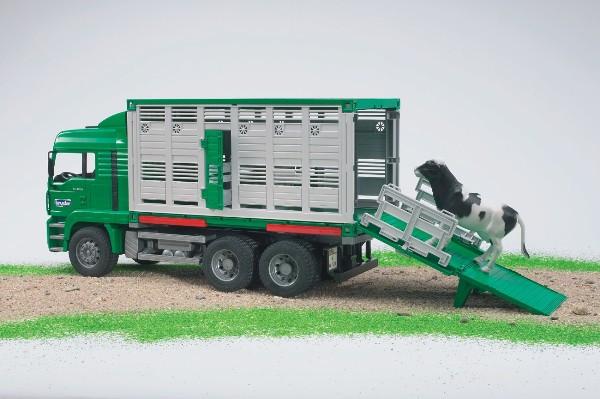 Игрушка Фургон MAN для перевозки животных с коровой