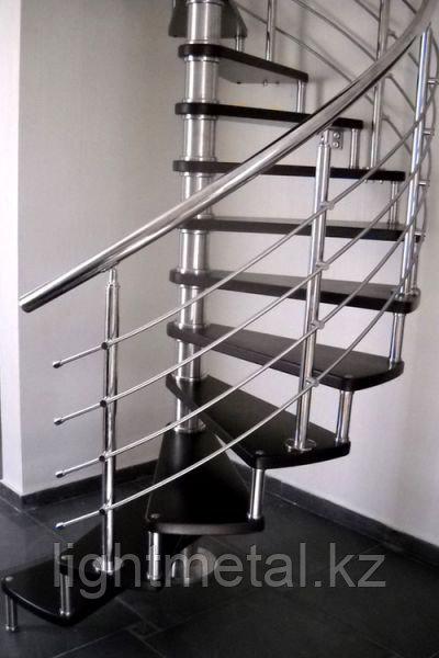 Винтовые ограждения для лестниц из нержавеющей стали