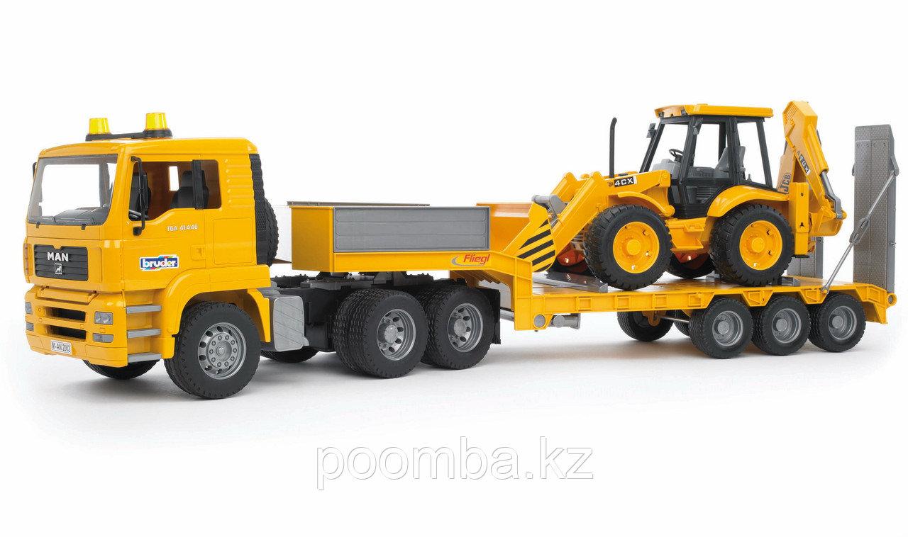 Тягач с прицепом–платформой MAN с колёсным экскаватором–погрузчиком JCB 4CX Bruder (Брудер) (