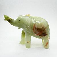 Слон оникс (природный камень)