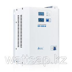 Стабилизатор (AVR), SVC, AVR-5000-W(5000Вт), LED-дисплей, Диапазон работы AVR: 140-280В, Клеммная колодка, Длина кабеля 1.2 м., Белый