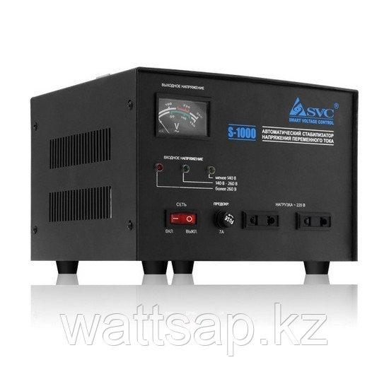 Стабилизатор (AVR), SVC, S-1000(800Вт), Сервоприводный, Индикация режимов работы, Диапазон работы AVR: 140-260В, 2 вых., Чёрный