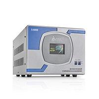 Стабилизатор (AVR), SVC, S-6000(5000Вт), Сервоприводный, LCD-дисплей, Диапазон работы AVR: 140-260В, Клеммная колодка, Серо-синий, фото 1