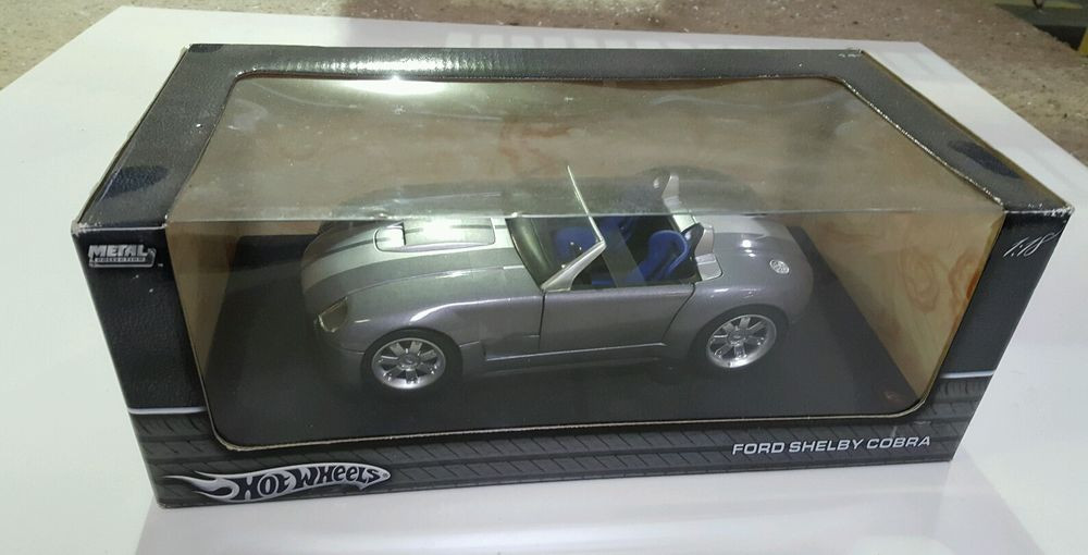 1/18 Hot Wheels Коллекционная модель Ford Shelby Cobra