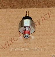 Oil pressure sensor Komatsu 4D92E (датчик давления масла)